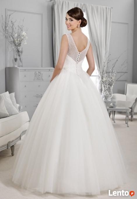 Archiwalne Suknia ślubna Biała Agnes Bridal Princessa R 3638