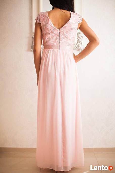 ec7755ec3e Pudrowa szyfonowa długa sukienka na wesele z głębokim dekolt Czeladź