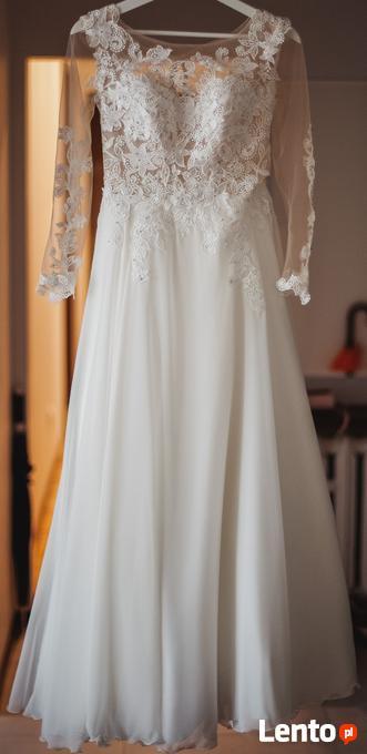 Chwalebne Efektowna koronkowa suknia ślubna z kryształkami Swarovskieg Rzeszów CS52