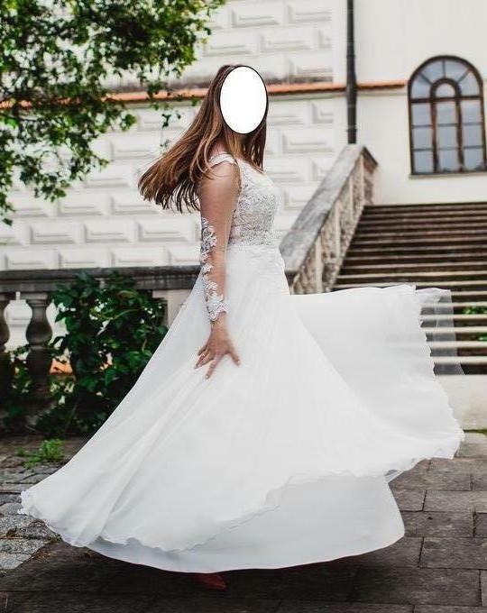 Efektowna Koronkowa Suknia ślubna Z Kryształkami Swarovskieg Rzeszów