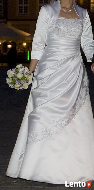 Przepiękna Suknia ślubna Biała Stęszew