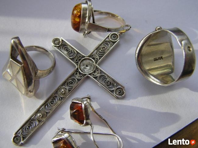 8,5 gram Srebrny pierscionek z masa perłowa piekny poł palca