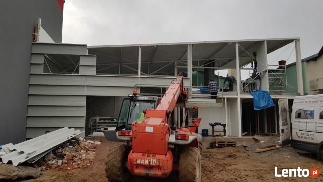 Budowa Hal z płyt warstwowych.