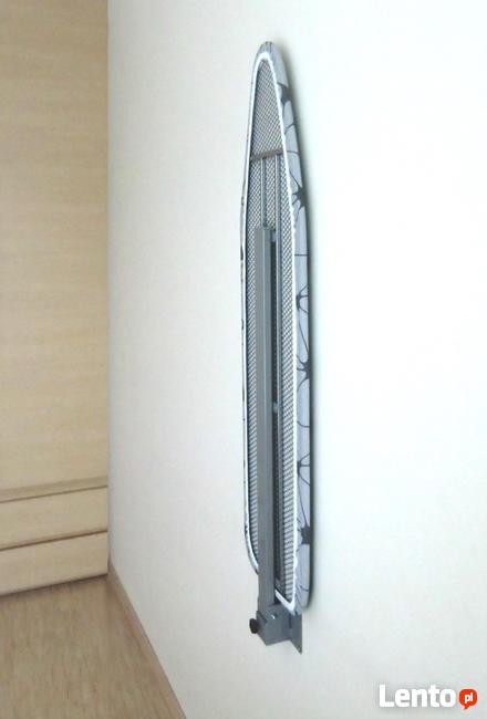 Deska do prasowania mocowana do ściany