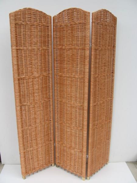 wiklina kosze meble wiklinowe kufry etażerki fotele