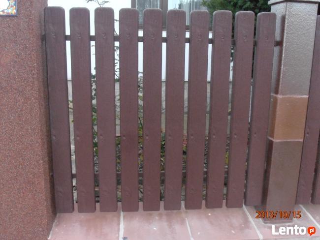 Sztachety i ogrodzenia z plastiku