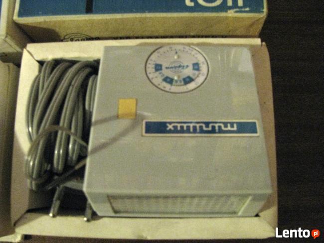 NRD-owska lampa błyskowa wraz z akumulatorem - Rzadkość.
