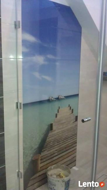 Szklana fototapeta do łazienki