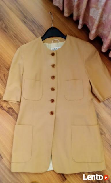 Płaszcze, kurtki, marynarki na jesień