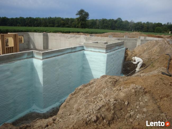 Ocieplanie Piana PUR poddasza fundamenty prace wykończeniowe