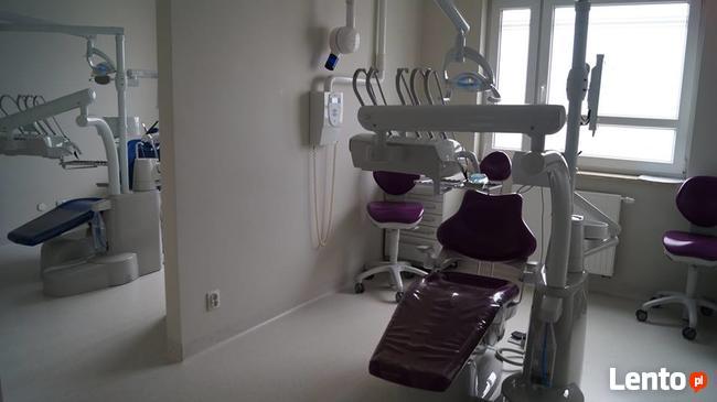 Arie Stomatologia zatrudni lekarza dentystę endodontę.