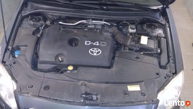 Toyota Avensis II 2.2 D4D