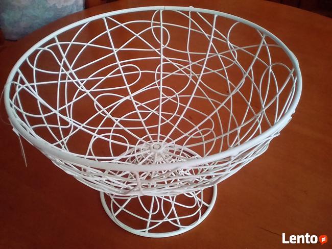 Koszyk metalowy na owoce dekoracje