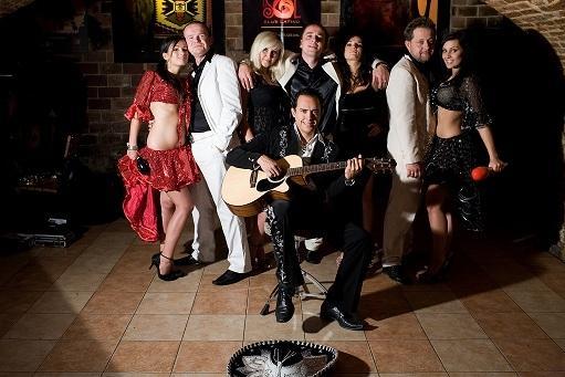 Zespół mzyczny TAKTON Band