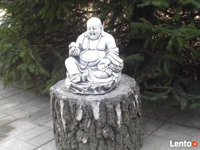 Budda z betonu szlachetnego