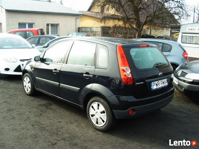 Ford Fiesta / salonowa /