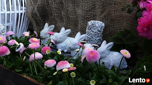 Dekoracja ozdoba do ogrodu-Figurka ogrodowa zajączek