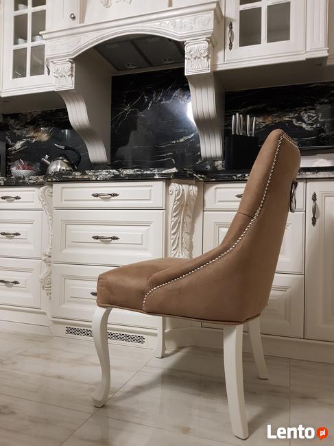 Krzesło noga LUDWIK pikowane kołatka pinezki KRYSZTAŁKI