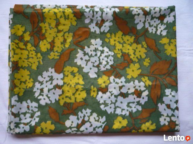 Materiał 307cm x 113cm kupon kwiatki kolorowe lejący