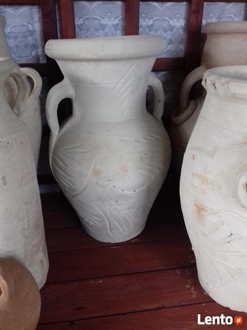 Wyprzedaż wazonów , amfor i donic.