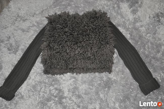 Kudłaty sweterek dla modnisi rozm. 152