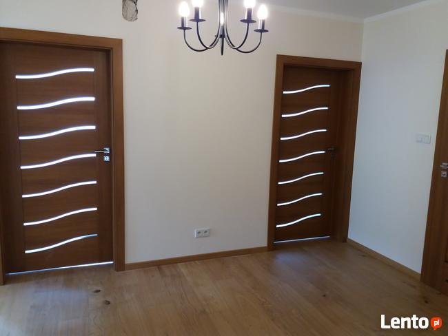 Podłogi drzwi