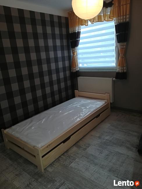 Łóżko 90x200 nowe drewniane z materacem . Szybka dostawa