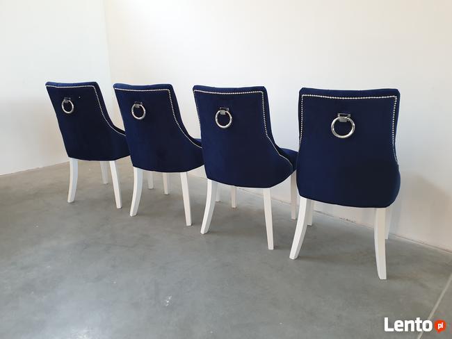 Krzesło z kołatką granatowe pikowane tapicerowane chesterfie