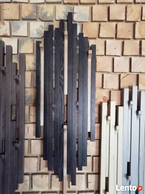 Drewniany wieszak ścienny, wieszak