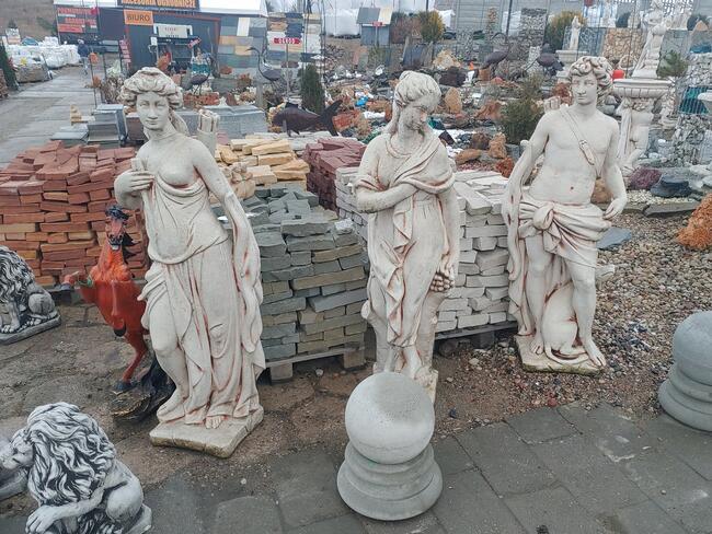 Figura ogrodowa 140 cm - biały beton