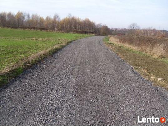 Uslugi brukarskie, utwardzenie terenu , budowa drog dojazdow
