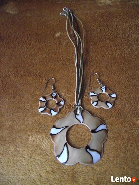 Komplet naszyjnik + kolczyki z masy perłowej