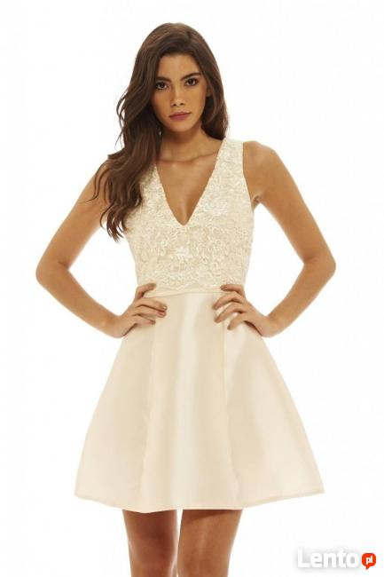0a060d37aa Kremowa rozkloszowana sukienka na wesele mini z koronką Czeladź