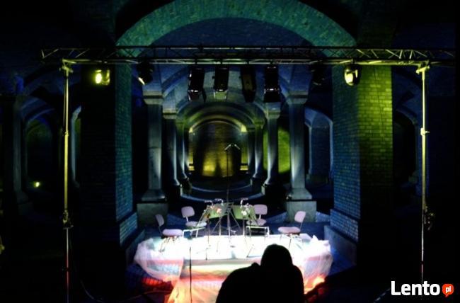 Dekoracje światłem, oświetlenie architektoniczne sali, wesel