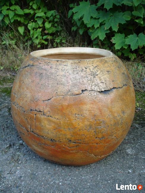 Srzedam donicę ceramiczną. Śr. 60 cm. mrozoodporna.