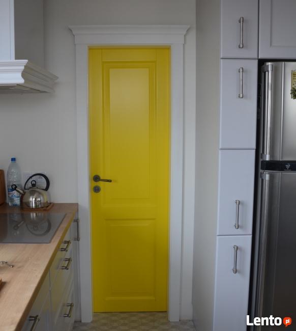 Drzwi białe wewnętrzne