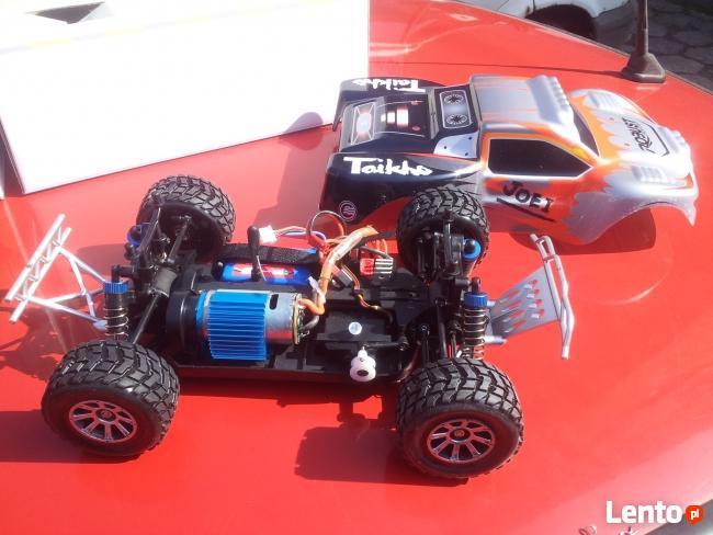 Model samochodu RC naped 4x4 w skali 1:18 WLtoys A969 50km/h