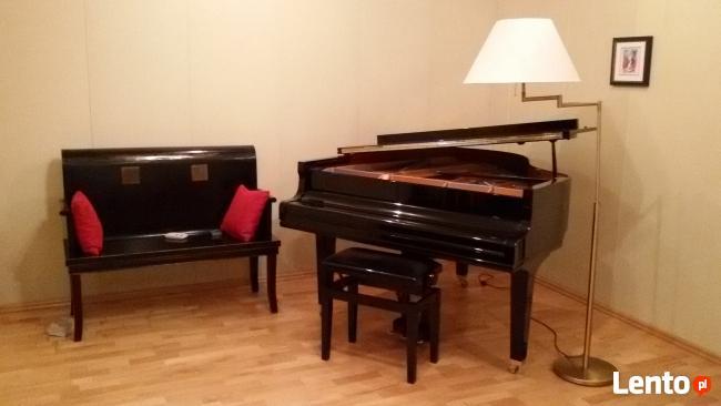 Sala do ćwiczeń z fortepianem