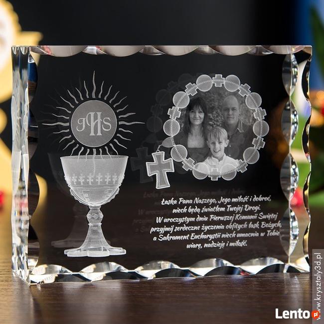Piękny kryształ 3D ze zdjęciem jako prezent na I Komunię