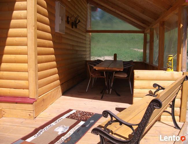 domek drewniany na Roztoczu