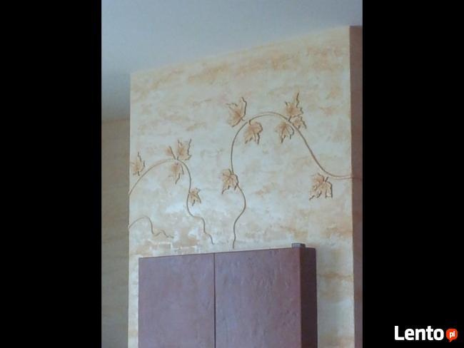 posadzka epoksydowa,dekoracja wnętrz,stiuk,trawertyn