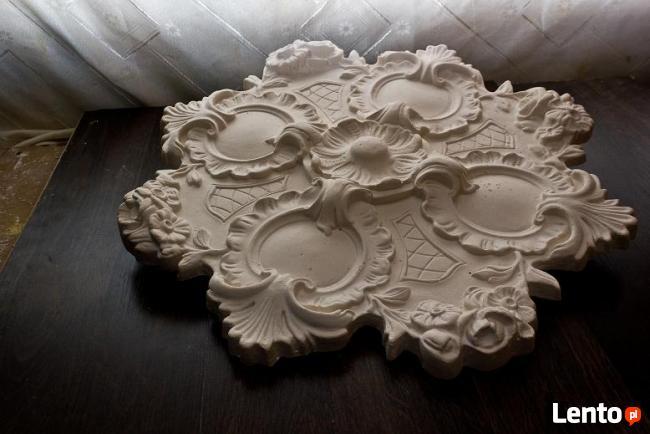 rozeta gipsowa rozety sztukateria gipsowa dekor z gipsu gips