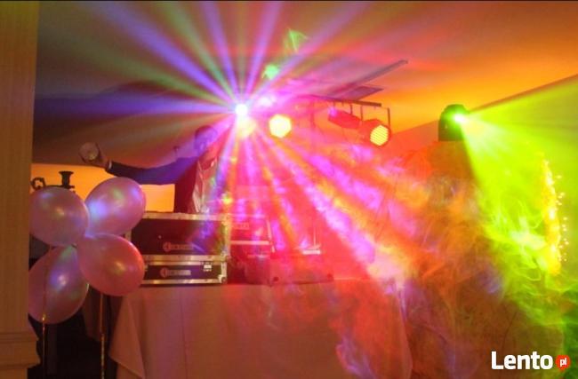 Muzyka i dekorowanie światłem
