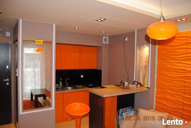 Apartament LUX pomarańczowy z basenem, sauną, blisko morza.