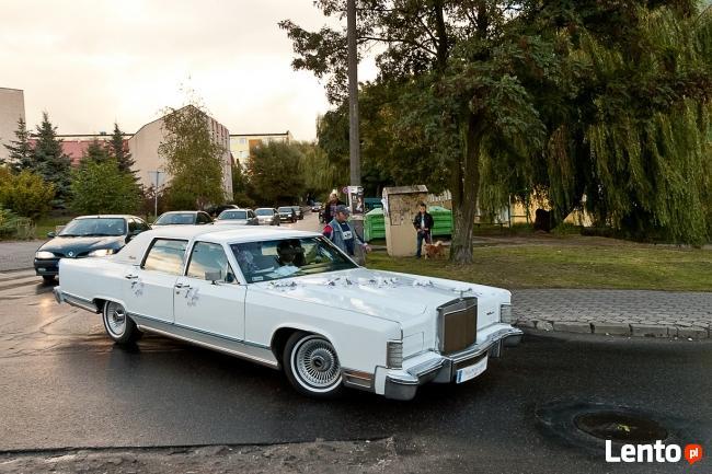 Wynajem zabytkowego Lincolna Continentala