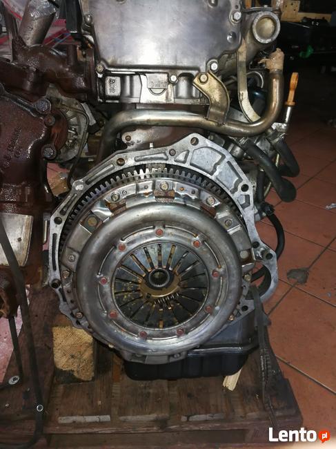 Kompletny silnik Navara D22 2,5 DCI  133KM