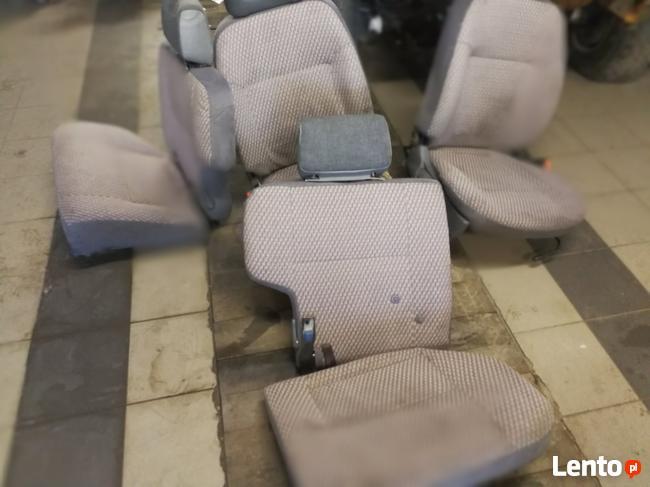 Siedzenia Terrano komplet