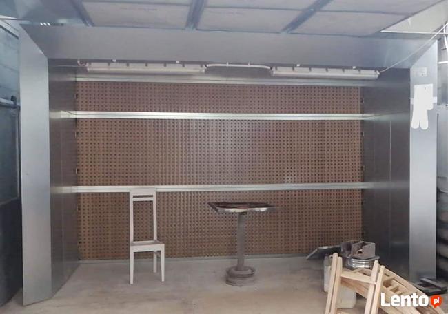 Ściana Lakiernicza - Producent