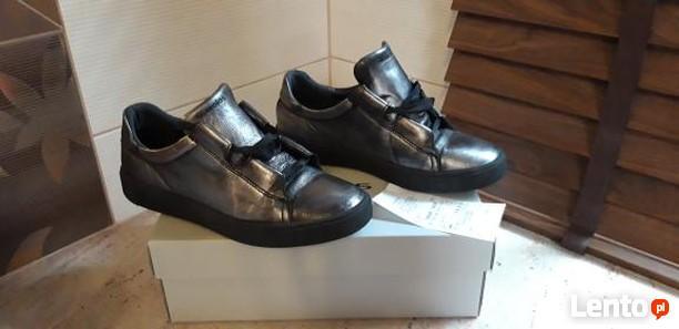 Buty Włoszczowa damskie i męskie, obuwie sportowe, sandały i