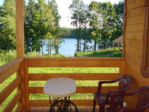 domek nad jeziorem do wynajęcia